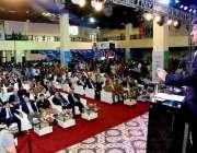 کراچی: وزیر اعلیٰ سندھ سید مراد علی شاہ ایبلٹیز ایکسپو 2017کے شرکاء سے ..