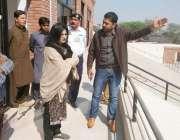 قصور: ڈپٹی کمشنر عمارہ خان زیر تعمیر سپورٹس کمپلیکس کا دورہ کر رہی ہیں۔