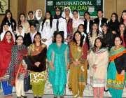 راولپنڈی: گورنمنٹ ڈگری کالج میں منعقدہ تقریب کے موقع پر مہمان خصوصی ..