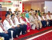 لاہور: صوبائی وزیر ہائر ایجوکیشن سید رضا علی گیلانی ٹور ازم کے ایک نجی ..