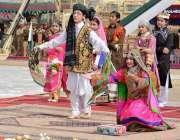 کوئٹہ: عسکری پارک میں یوم پاکستان میلے میں بچے قومی یکجہتی کے حوالے ..