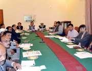 اٹک: ایم این اے ملک اعتبار خان ضلع ترقیاتی سکیموں سے متعلق اہم اجلاس ..
