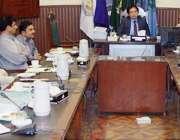لاہور: کمشنر لاہور ڈویژن عبداللہ خان سبنل ڈویژنل ڈویلپمنٹ کمیٹی کے ..