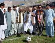کوئٹہ: چیمبر آف کامرس کے صدر حاجی عبدالودود اچکزئی آل بلوچستان ملیزئی ..