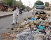 حیدر آباد: لطیف آباد نمبر 12کی مرکزی شاہراہ پر کچرے کے ڈھیر بلدیہ اور ..