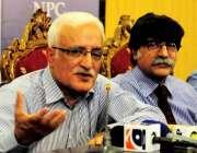 اسلام آباد: ہائی بلڈ پریشر کے عالمی دن کے موقع پر پروفیسر ڈاکٹر شہباز ..
