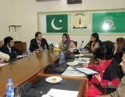 لاہور: ایف پی سی سی آئی ویمن پاور کمیٹی کے اجلاس کی صدارت چیئر پرسن فاطمہ ..