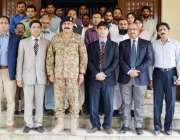 لاہور: چیئرمین این ڈی ایم سے لیفٹیننٹ جنرل عمر حیات کا ڈی جی پی ڈی ایم ..