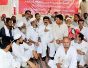 پشاور : رکن صوبائی اسمبلی عارف یوسف پی ڈبلیو ڈی لیبر یونین کے زیر اہتمام ..