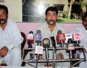 حیدر آباد: ٹنڈو جام کی یونین کونسل ساون گو پانگ کے چیئرمین بشیر احمد ..