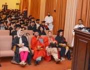 لاہور: وائس چانسلر پروفیسر ڈاکٹر ظفر معین ناصر پنجاب یونیورسٹی شعبہ ..