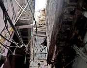 راولپنڈی: ٹی ایم اے کی نا اہلی، اندرون شہر میں خطرنک پرانی عمارتیں جو ..