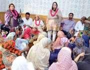 لاہور: تحریک انصاف لاہور کی نائب صدر مسرت جمشید چیمہ این اے 124کی یونین ..