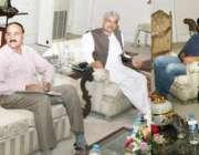 لاہور: صوبائی وزیر ایکسائز اینڈ ٹیکسیشن میاں مجتبیٰ شجاع الرحمن 90شاہراہ ..
