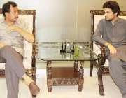 کراچی: پی ٹی آئی رہنما حلیم عادل شیخ اور میر افتخار احمد لنڈ ملاقات ..