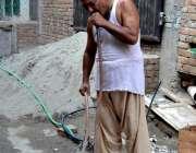 راولپنڈی: واسا کی نا اہلی، کرتار پورہ میں پانی کی شدید کمی کے باعث شہری ..