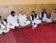 کوئٹہ: پاکستان پیپلز پارٹی کے سینیٹر ڈاکٹر قیوم سومرو، حاجی علی مدد ..