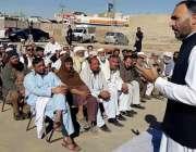 لکی مروت: ڈپٹی کمشنر بختیار خان درہ پیزو میں عوامی مسائل سننے کے بعد ..