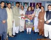 اسلام آباد: پیپلز پارٹی پنجاب کی نو منتخب جنرل سیکرٹری نرگس فیض ملک ..