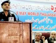 پشاور: حمزہ فانڈیشن کے زیر اہتمام سیمینار سے سی سی پی او طاہر خان خطاب ..
