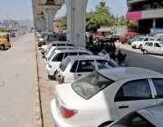 راولپنڈی: انتظامیہ کی نا اہلی، سکستھ روڈ پر میٹر وکے نیچے شو روم مافیا ..