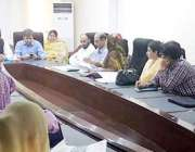 لاہور: صوبائی وزیر پرائمری اینڈ سیکنڈری ہیلتھ خواجہ عمران نذیر محکمہ ..