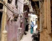 راولپنڈی: پولیو ہیلتھ ورکر شروع ہونیوالے پولیو مہم میں بھابڑا بازار ..