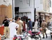 راولپنڈی: مردم شماری ٹیم شہریوں کے کوائف اکٹھے کر رہی ہے۔