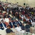 پشاور: گورنر خیبر پختونخوا انجینئر اقبال ظفر جھگڑا کوہاٹ یونیورسٹی آف سائنس اینڈ ٹیکنالوجی کے کانووکیشن کے موقع پر خطاب کر رہے ہیں۔