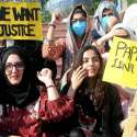 راولپنڈی: نجی سکول دسویں جماعت کے طلبہ میٹرک کے چار پیپر دوبارہ لئے جانے کے خلاف پریس کلب کے باہر احتجاج کر رہے ہیں۔