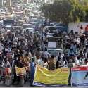 راولپنڈی: لائیو سٹاک ایمپلائز ایسوسی ایشن کے زیر اہتمام مطالبات کے حق میں احتجاجی مظاہرہ کیا جار ہا ہے۔