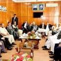 مظفر آباد: وزیراعظم شاہد خاقان عباسی سے حریت رہنماؤں کا وفد ملاقات ..