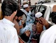 کوئٹہ: مستونگ کے زخمیوں کو ہسپتال منتقل کیا جار ہا ہے۔