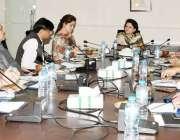 لاہور: لاہور ڈویلپمنٹ اتھارٹی کی ڈائریکٹر جنرل آمنہ عمران خان جشن آزادی ..