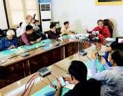 کراچی: میئرکراچی وسیم اختر کے ایم سی ہیڈ آفس میں منعقدہ پریس کانفرنس ..