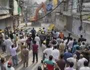 لاہور: انارکلی بازار میں تجاوزات کیخلاف گرینڈ آپریشن کیا جار ہا ہے۔