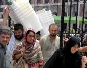 راولپنڈی: انتخابات2018کے سلسلے میں سٹاف سیشن کورٹ سے بیلٹ باکس و دیگر ..