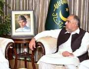 اسلام آباد: صدر مملکت عارف علوی سے سپیکر قومی اسمبلی اسد قیصر اور سپیکر ..
