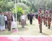 قصور:یوم دفاع پاکستان کے موقع پر ڈپٹی کمشنر رانا محمد ارشد، ڈی پی او ..