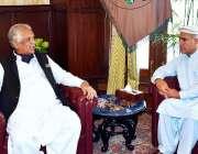 پشاور: وزیر مملکت غالب خان اور گورنر خیبر پختونخوا انجینئر اقبال ظفر ..