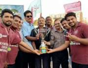 کراچی: سندھ اولمپک ایسوسی ایشن کے سیکرٹری احمد علی راجپوت تیسری این ..