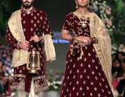 لاہور: فیشن ڈیزائن قونصل کے زیر اہتمام ایکسپو سنٹر لاہور میں منعقدہ ..