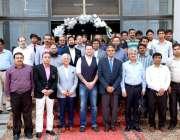 فیصل آباد: وائس چانسلر انجینئرنگ یونیورسٹی لاہور پروفیسر ڈاکٹر فضل ..