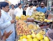 لاہور: چیئرمین پرائس کنٹرول کمیٹی میاں عثمان دروغہ والا کی اوپن مارکیٹوں ..