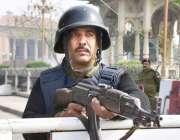 لاہور: پنجاب اسمبلی کے اجلاس کے موقع پر پولیس اہلکار الرٹ کھڑے ہیں۔