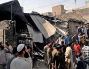 راولپنڈی: سر سید چوک کے قریب تجاوزات آپریشن کے دوران دکانوں کو گرایا ..