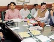 نوشہروفیروز: ڈپٹی کمشنر انور علی پولنگ سٹیشنوں میں سہولیات کی فراہمی ..