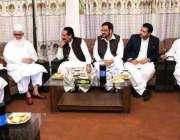 راولپنڈی: مدرسہ تعلیم القرآن کے مہتمم اعلیٰ مولانا اشرف علی سے سینیٹر ..
