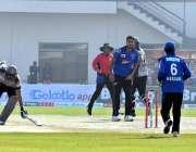 ملتان: نیشنل ٹی ٹونٹی کپ2018-19کے موقع پر کراچی ریجن اور فاٹا ریجن کی ٹیموں ..