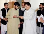 مظفر آباد: وزیراعظم آزاد کشمیر راجہ فاروق حیدر خان اے جے کے خود روز ..